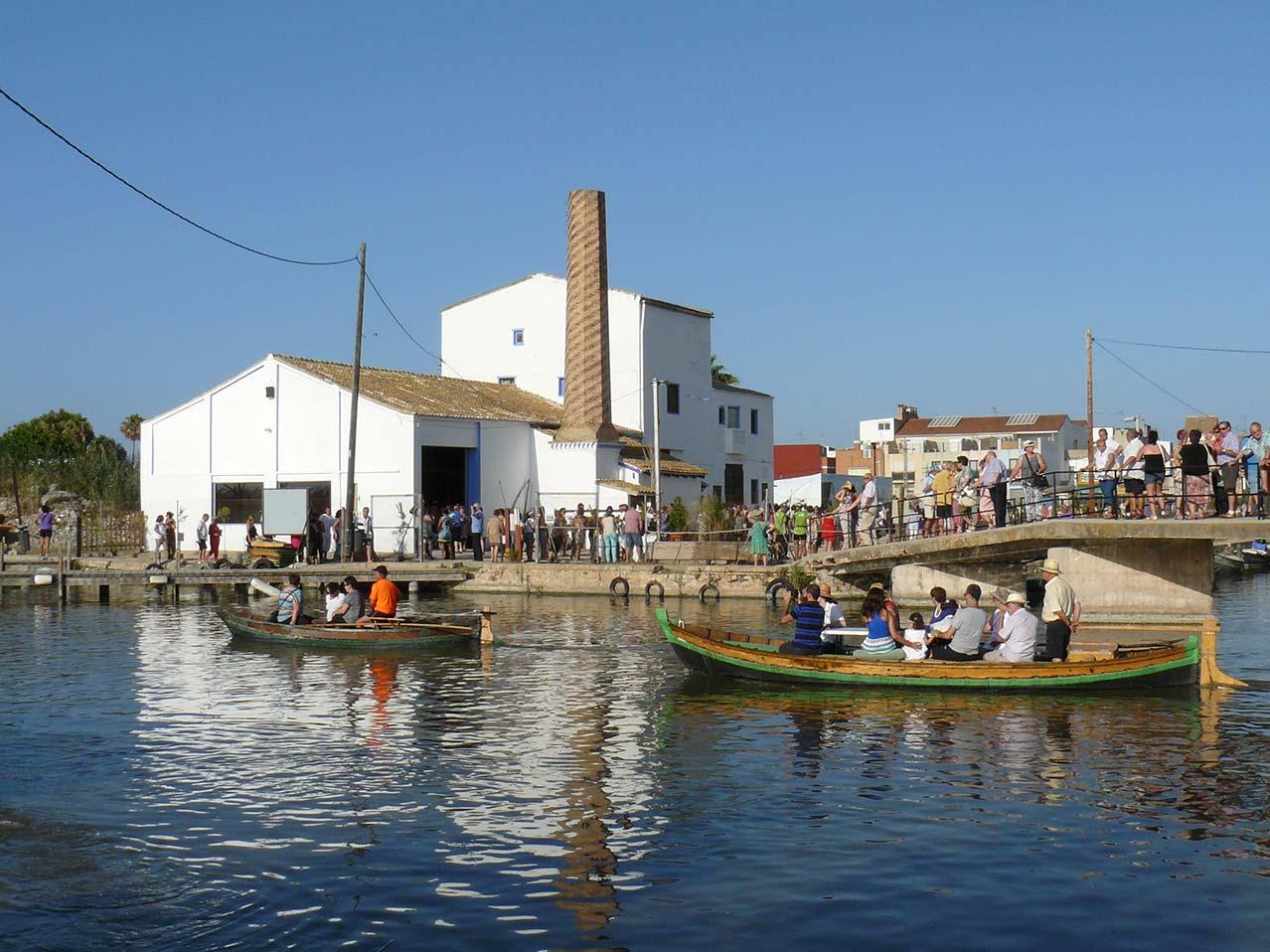 barques albufera trilladora malta